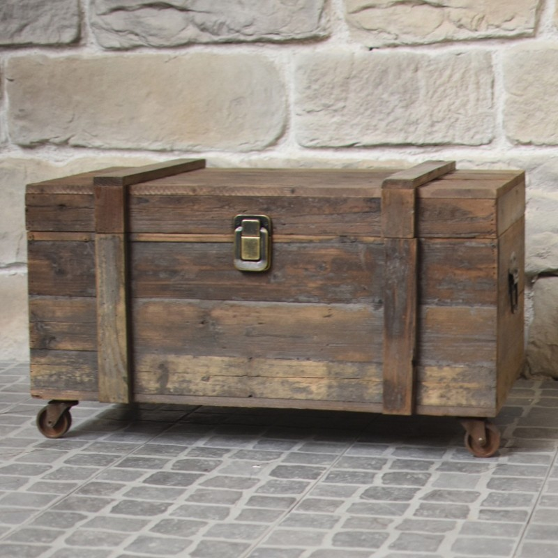coffre malle bois ancien campagne brocante recycl cit m di vale cave. Black Bedroom Furniture Sets. Home Design Ideas