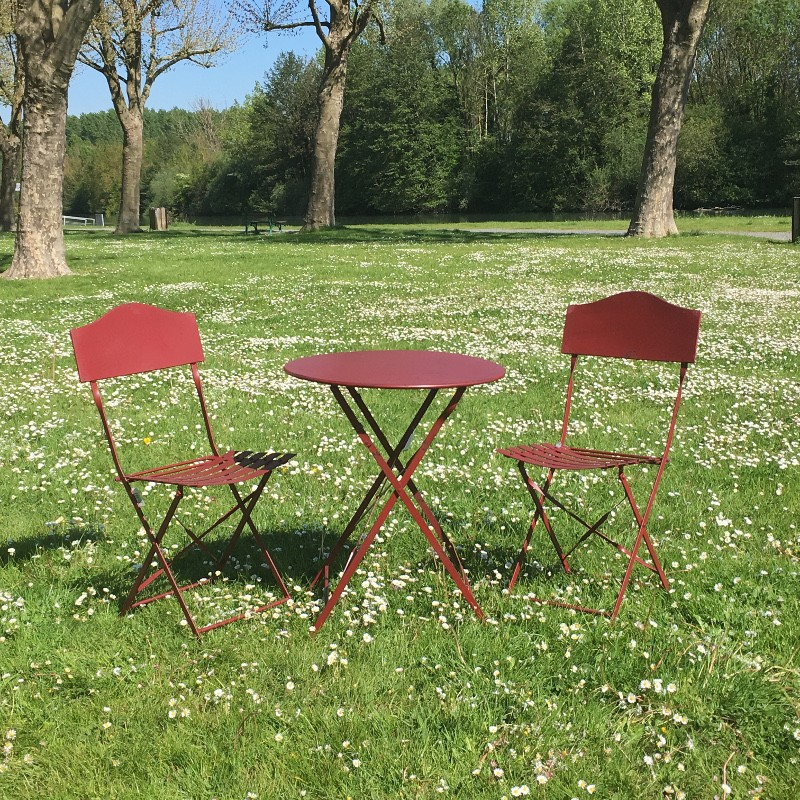 Salon table 2 chaises jardin bistrot fer métal pliable magasin provins
